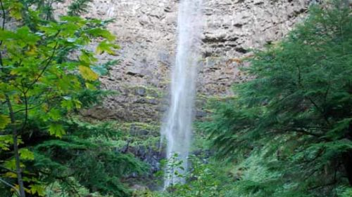 Watson Falls....a view that gives Multnomah Falls a run for its money.