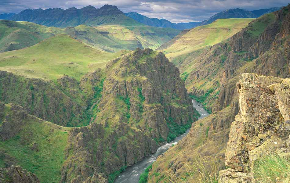 Eastern Oregonians say they named it Hells Canyon to scare people away. (Not you. Other people.)