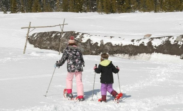 A family winter weekend on mt hood travel oregon for Family winter vacation ideas