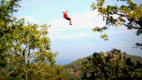 Rogue Valley ZipLine Adventures has a five-line guided zipline course with fantastic views of the valley and nearby peaks.