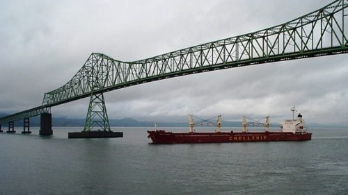 Get an eyeful of the mighty Columbia as you drive across the 4.1-mile Astoria-Megler Bridge, a steel cantilever through truss bridge soaring over the river (the longest continuous truss bridge in North America).
