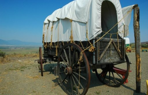 Explore the history of the Oregon Trail at the National Historic Oregon Trail Interpretive Center. (Photo credit: Sumio Koizumi)