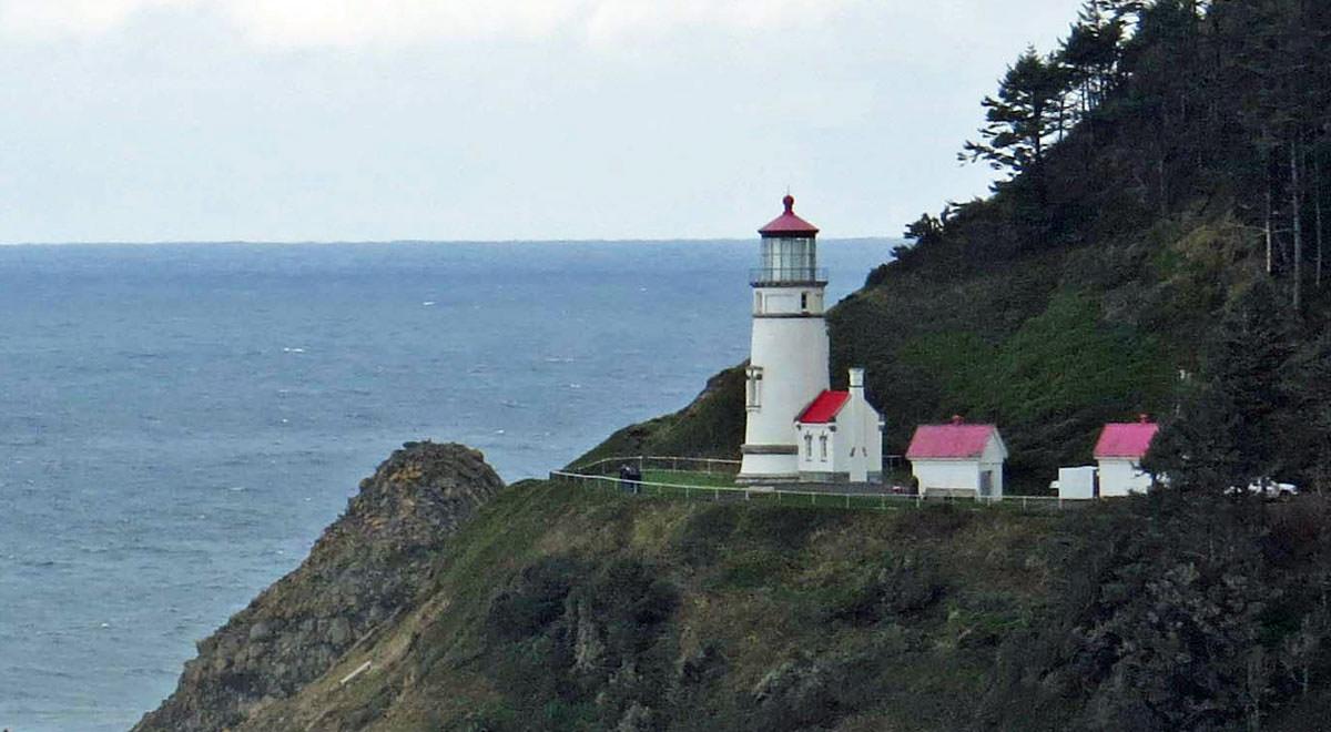Lighthouses In Oregon Map.Oregon Road Trips Oregon Coast Lighthouse Road Tour