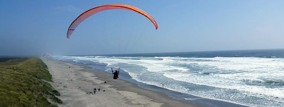 Paragliding at Fort Stevens
