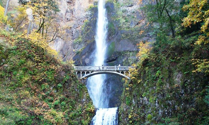 tips for touring the gorge travel oregon. Black Bedroom Furniture Sets. Home Design Ideas