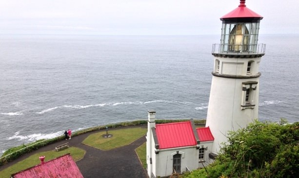A bird's eye-view of the Heceta Head Lighthouse shows an awe-inspiring perspective of the Pacific Ocean.
