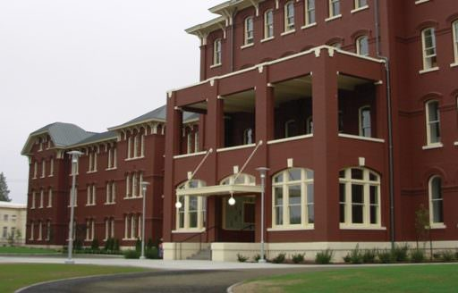 The Oregon State Hospital Museum of Mental Health in Salem preserves several claustrophobic rooms of the old hospital, where this acclaimed comedy-drama was filmed.