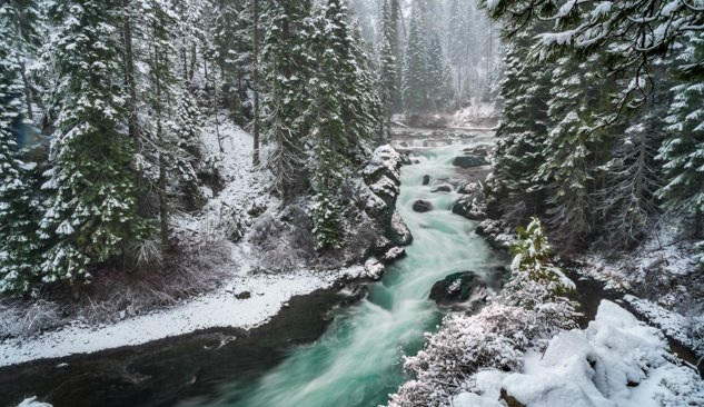 The Deschutes River in winter