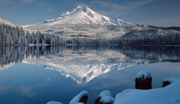 Oregon road trips explore the villages of mt hood for Barlow cabin trillium lake