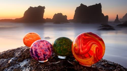 Visitors flock to Lincoln City between October and May each year to search for 3,000 custom-made glass floats along seven miles of beaches. You find it, you keep it.