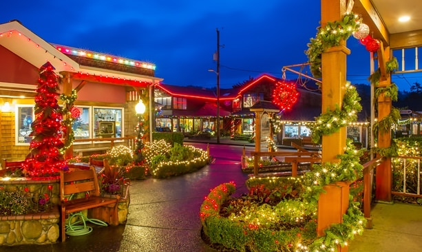 9 North Coast Holiday Traditions Travel Oregon