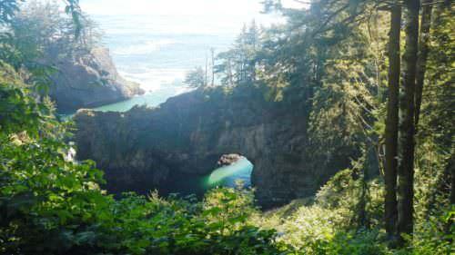 Natural Bridges Overlook on the Samuel H. Boardman State Scenic Corridor