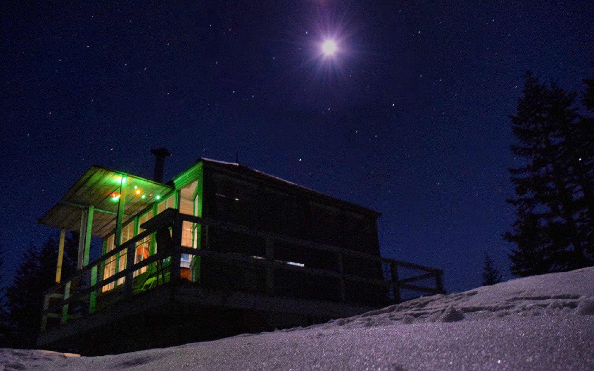Devil's Peak lookout at night