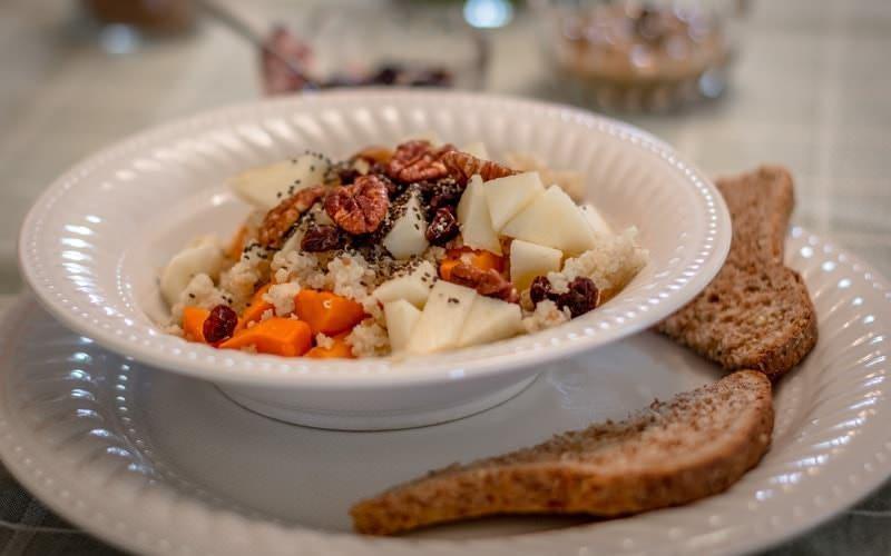 Quina porridge at Century House in Salem