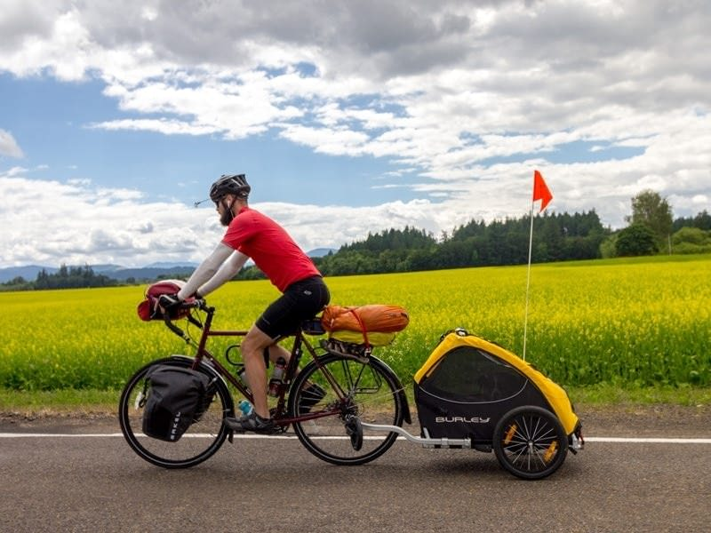 Cycling along the Willamette Valley Scenic Bikeway