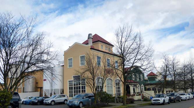 Exterior of Portland Brewing