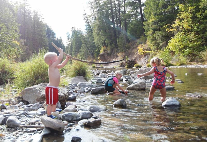Kids in river near South Umpqua Falls