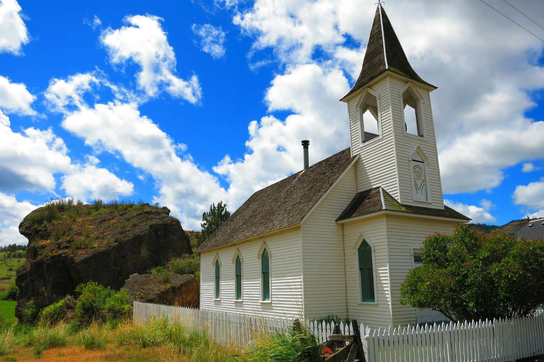 Lonerock Church