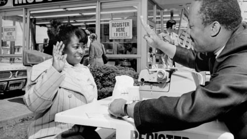 Pictured is a 1972 voter registration drive at a McDonalds in Northeast Portland. (Photo credit: Allen deLay / copyright historicphotoarchive.net)