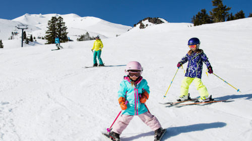 Deals at Mt. Bachelor include a free ski offer for kids 12 and under. (Photo courtesy: Mt. Bachelor)