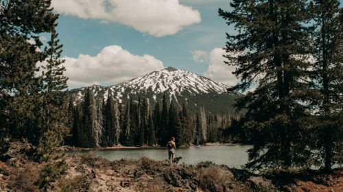 Sparks Lake was a favorite subject of photographer Ray Atkeson, and a short loop hike is named in his honor.
