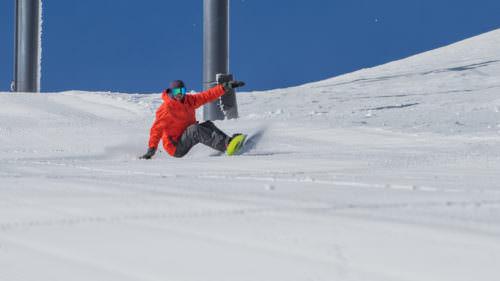 Josh Dirksen snowboards Mt. Bachelor. Photo: Anelise Bergin