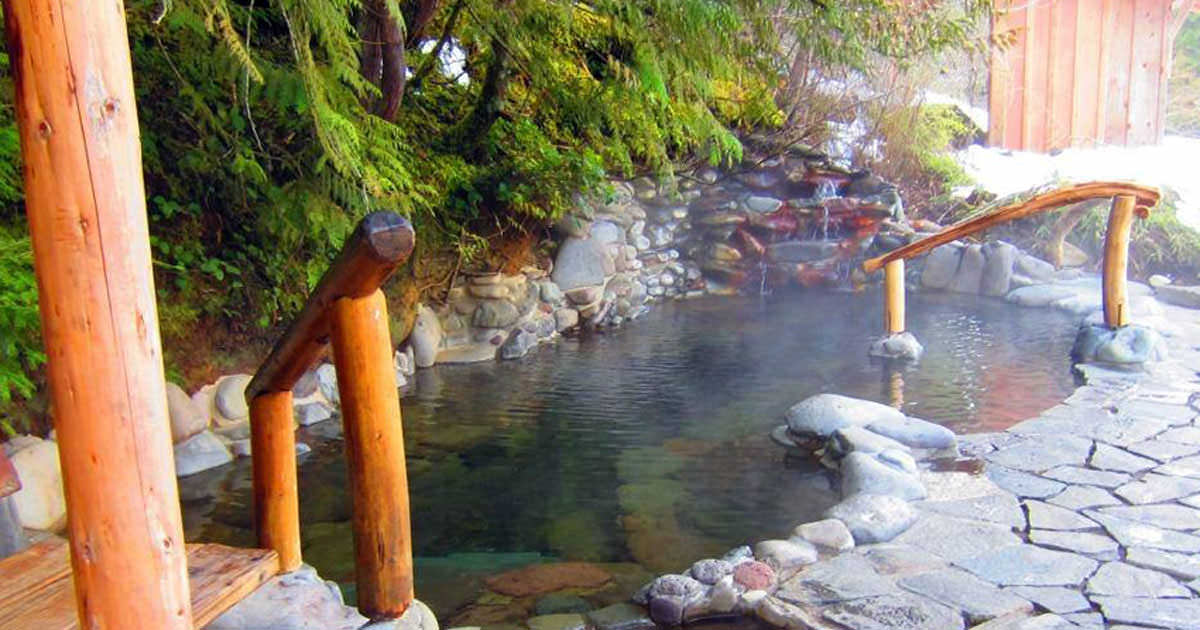 Soak in Oregon's Magical Hot Springs - Travel Oregon