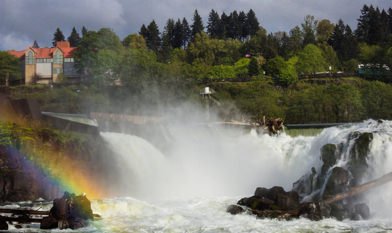 Willamette Falls waterfall with rainbow