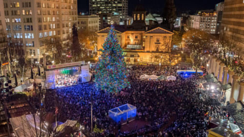 Pioneer Courthouse Square tree lighting