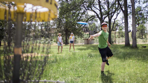 Players of all ages and skill levels enjoy the disc golf action at Sorosis Park in The Dalles. (Photo by: Modoc Stories / hood-gorge.com)