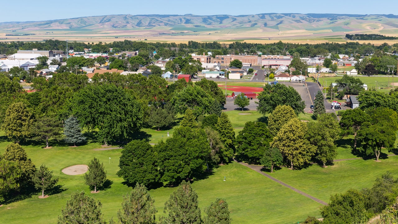 Aerial view of Milton-Freewater Golf Course