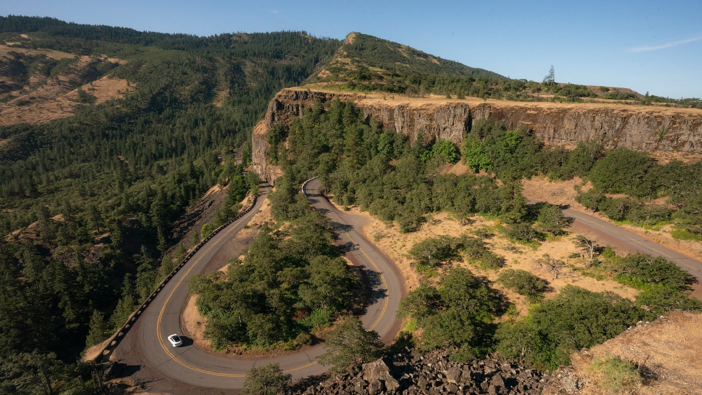 The iconic curved road of Rowena Crest is well photographed.