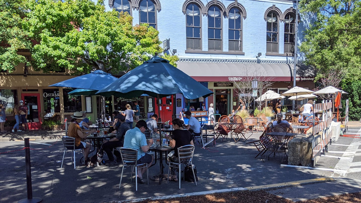Shop, Dine and Sip Local in Ashland