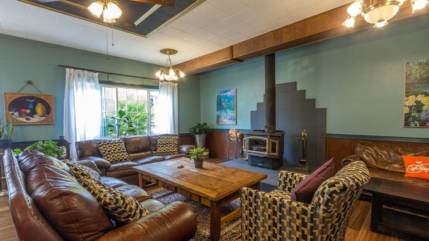Inside the Westfir Lodge is a cozy yet hip aesthetic.