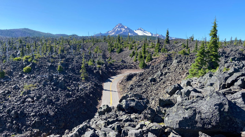 Scenic view of McKenzie Pass
